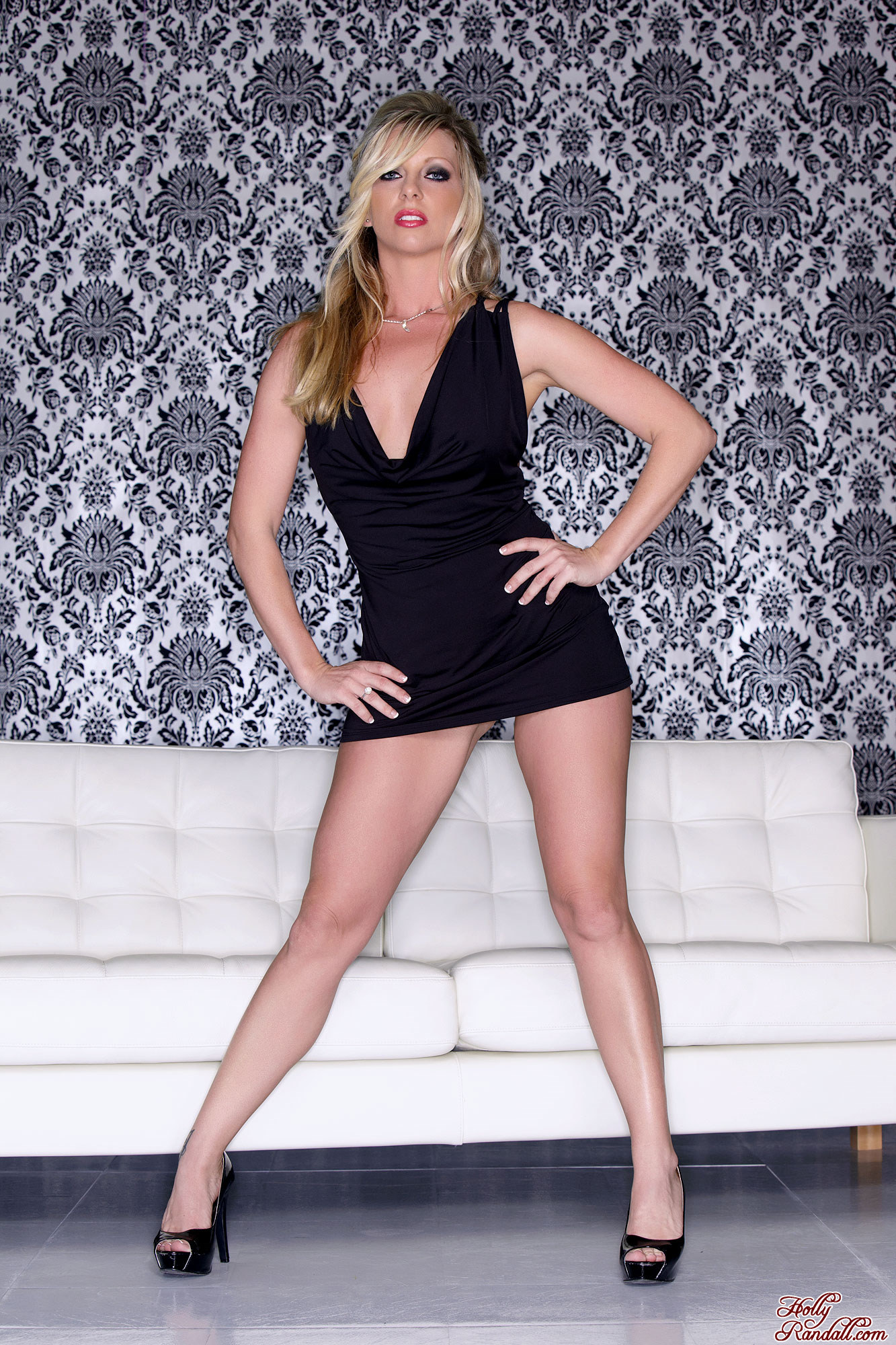 Peachez 18 The Pretty Blonde: Britney Lace Has Nice Cleavage In A Low Cut Little Black